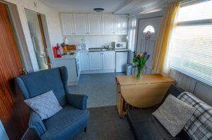 Chalet-5-kitchen-lounge